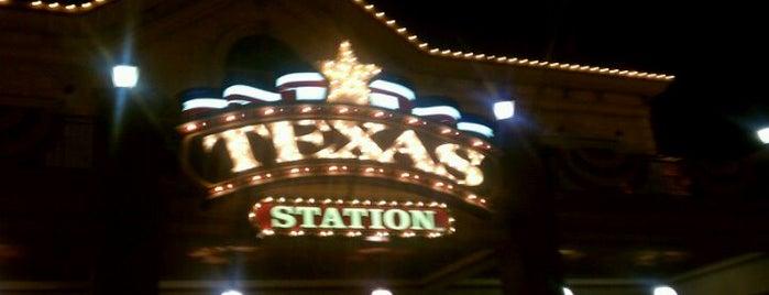 Texas Station Gambling Hall & Hotel is one of Peter : понравившиеся места.
