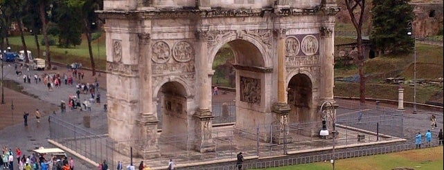 Arco di Costantino is one of Roma.