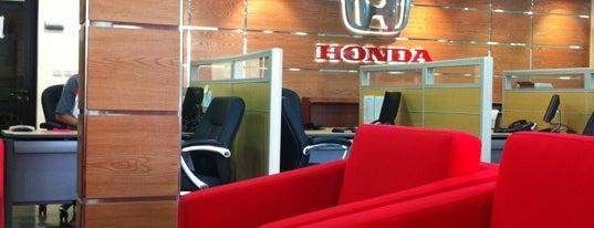 Honda Service Center is one of Mod'un Beğendiği Mekanlar.