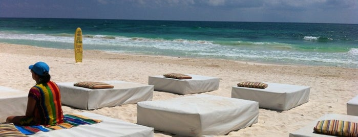 Ziggys Beach Club is one of Tulum drinks.