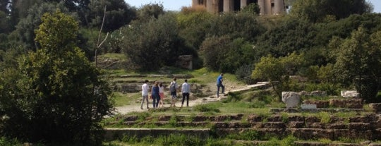 Stoa d'Attale is one of places...