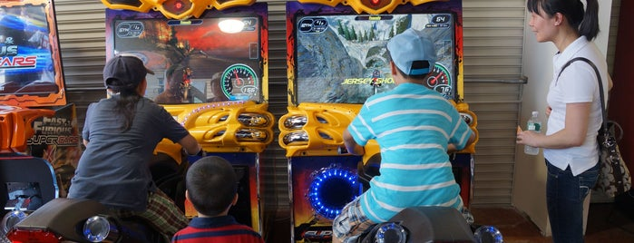 Luna Arcade is one of Must-See Coney Island.