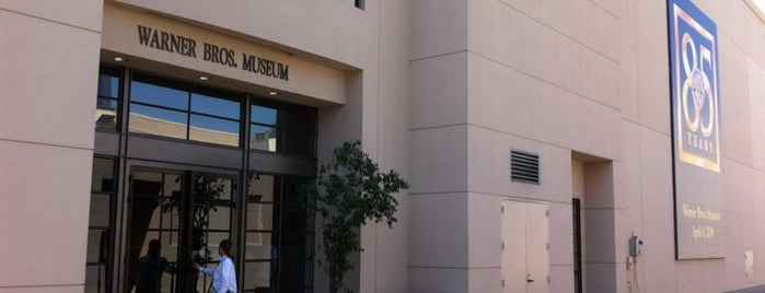 Warner Bros. Museum is one of Lala land unique spots.