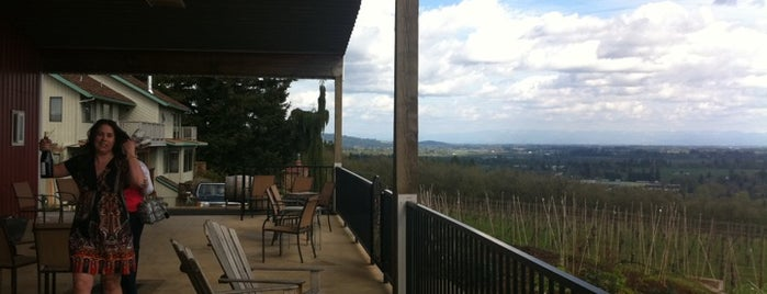 Crumbled Rock Winery is one of Dundee Hills AVA Wineries.