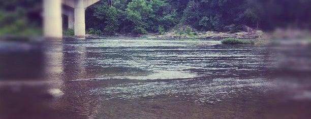Potomac River at Harpers Ferry is one of Cole'nin Beğendiği Mekanlar.