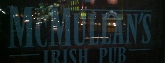 McMullan's Irish Pub is one of Lugares favoritos de BJ.