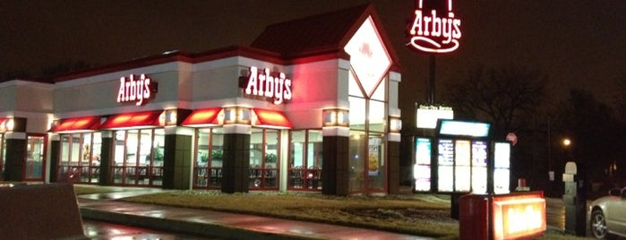 Arby's is one of Michaelさんのお気に入りスポット.