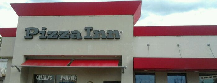 Pizza Inn is one of Lugares favoritos de Albert.
