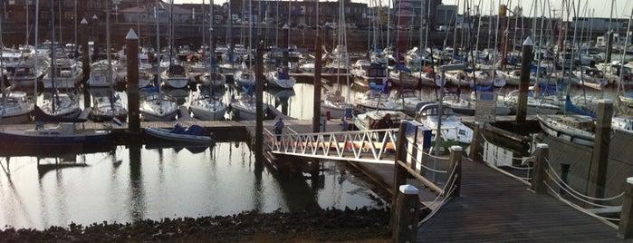 Jachthaven Breskens B.V. is one of Posti che sono piaciuti a Ruud.