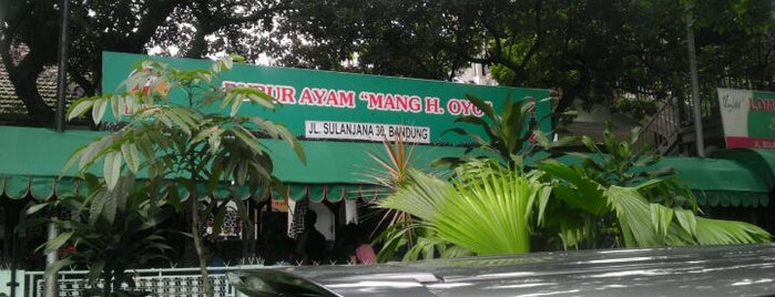 Bubur Ayam Mang H. Oyo is one of Bandung Food Foursquare Directory.