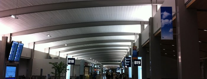 Sacramento International Airport (SMF) is one of Airports of the World.