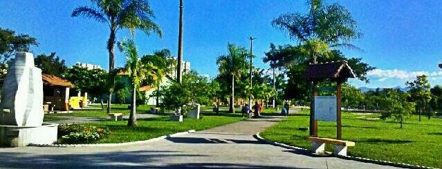 Parque Das Águas is one of Lugares favoritos de Dade.