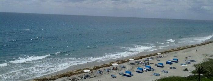 Highland Beach is one of Tempat yang Disukai Luis.