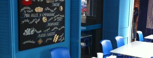 Cafés y postrecillos
