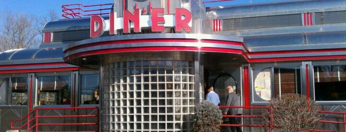 """Eveready Diner is one of """"Diners, Drive-Ins & Dives"""" (Part 2, KY - TN)."""