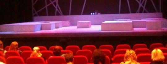 Theater de Purmaryn is one of Orte, die Bas gefallen.