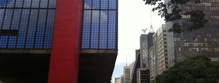 Museu de Arte de São Paulo (MASP) is one of 48 horas em Sampa. O que você recomendaria fazer?.