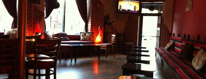 Arabia Cafe Hookah Lounge is one of Posti salvati di Diamond-Chase.
