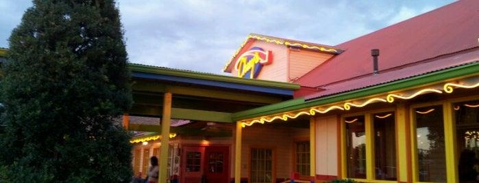 Chuy's is one of Orte, die David gefallen.