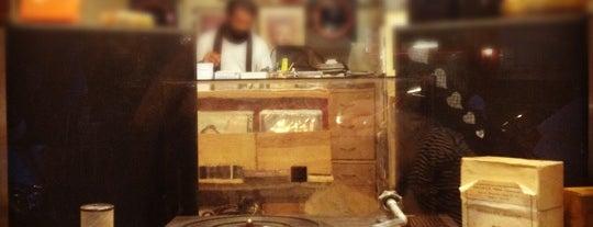 Vintage Records is one of Türk usülü psychedelia avcıları için adresler.