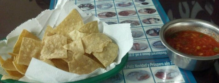 Charley's Tacos is one of Amy 님이 좋아한 장소.