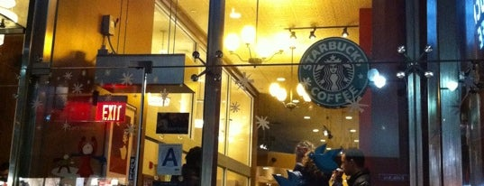 Starbucks is one of Locais curtidos por Brian.