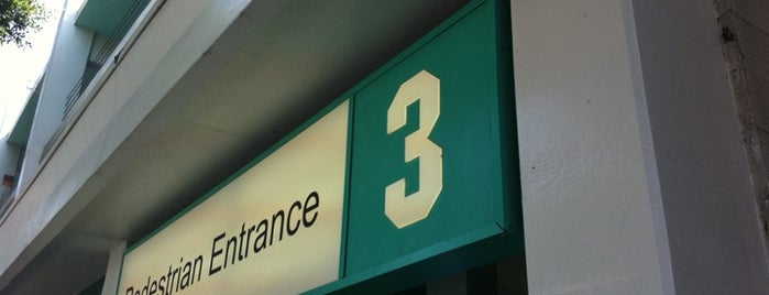 Santa Monica Parking Structure 3 is one of Eat this..