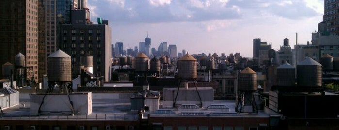 Glass NYC (Hotel Indigo Chelsea) is one of Rooftops in New York City.