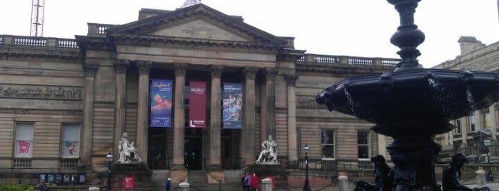 Walker Art Gallery is one of Favorite places in the UK.