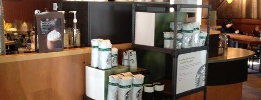 Starbucks is one of Lugares favoritos de Winnie.