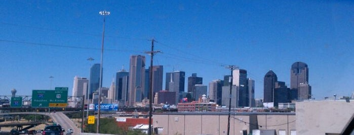 City of Dallas is one of Tempat yang Disukai Tammy.