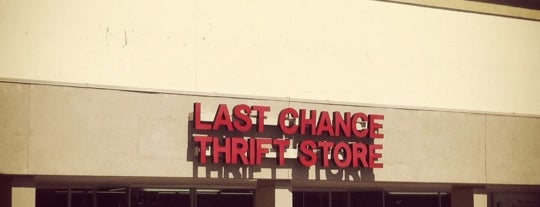 Last Chance Thrift is one of Lets Travel Chickさんの保存済みスポット.