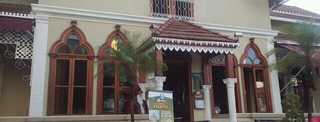 Giovannetti is one of Restaurantes, Bares e Coffee Shops favoritos.