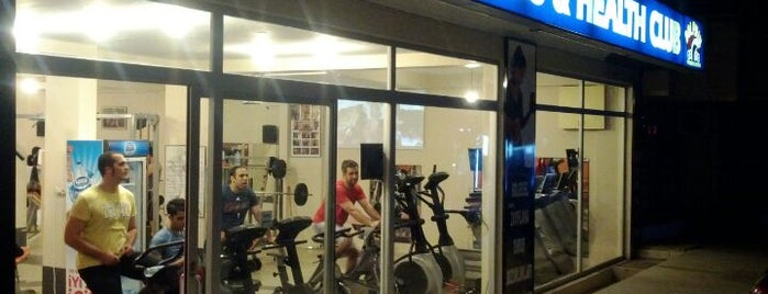Dolphin Fitness & Health Club is one of Locais curtidos por Ercan Yusuf.