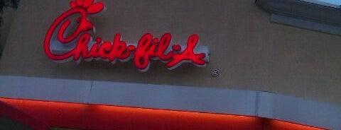 Chick-fil-A is one of Lugares favoritos de Annette.