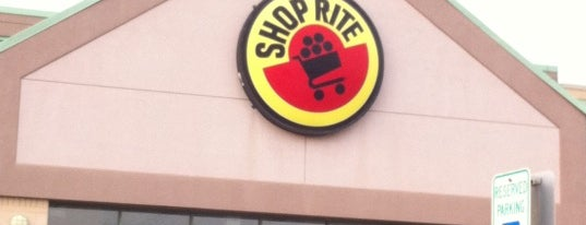ShopRite is one of Theresaさんのお気に入りスポット.