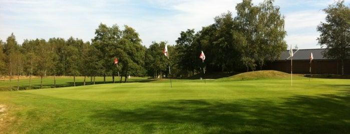 Golfclub Brunsummerheide is one of Tempat yang Disukai Omer.