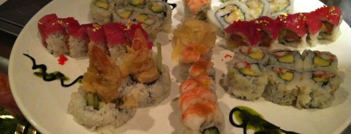 Natsumi is one of Sushi Sampler.