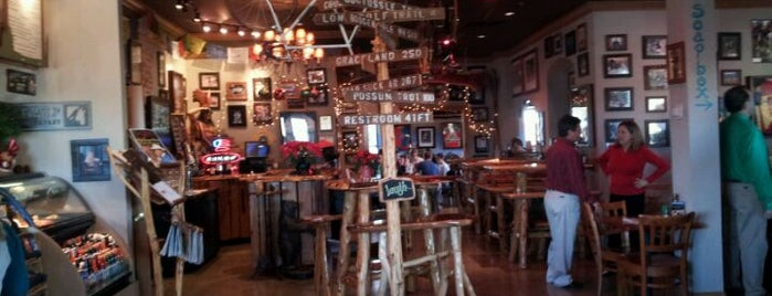The Wolf Public House is one of Food & WiFi.