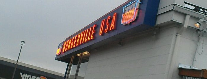 Burgerville is one of Meganさんのお気に入りスポット.
