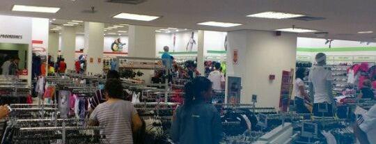 Centauro is one of Shopping Tacaruna. 135704a6f7edb