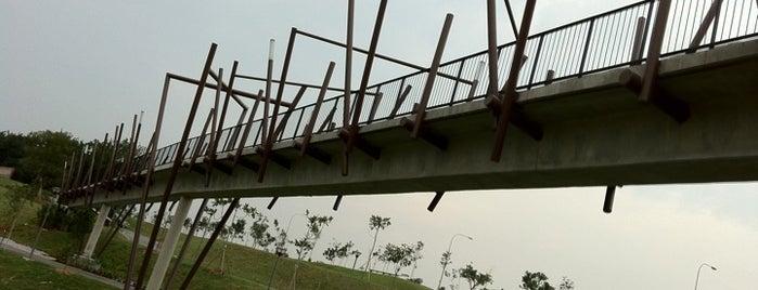 Kelong Bridge is one of Lugares favoritos de Ben.