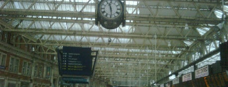 London Waterloo Railway Station (WAT) is one of Stuff I want to see and redo in London.