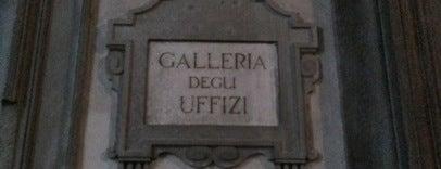 Galleria degli Uffizi is one of Floransa.