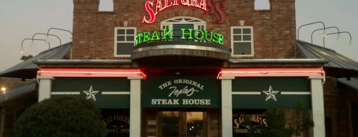 Saltgrass Steak House is one of Tempat yang Disukai ESTHER.