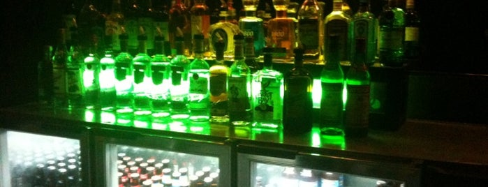 Corktown Tavern is one of สถานที่ที่ Emeka ถูกใจ.