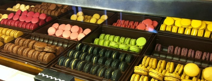 Ladurée is one of Foodie places in Geneva area.