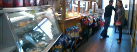 Herb's Market is one of Montauk: Restaurants and Bars.