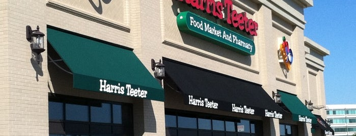 Harris Teeter is one of Andrew 님이 좋아한 장소.