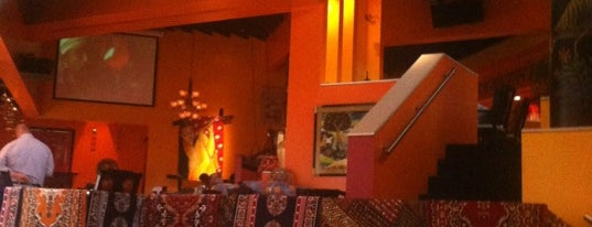 MemSahib Indian Cuisine is one of Posti salvati di Rachel.